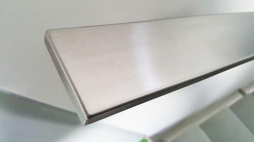 stainless-flat-bar-rail